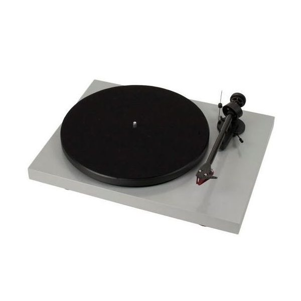 Pro-Ject Debut Carbon Turntable With Ortofon 2M Red