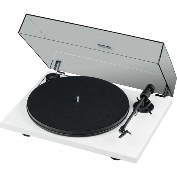Pro-Ject Primary E Phono Turntable with Ortofon OM Cartridge