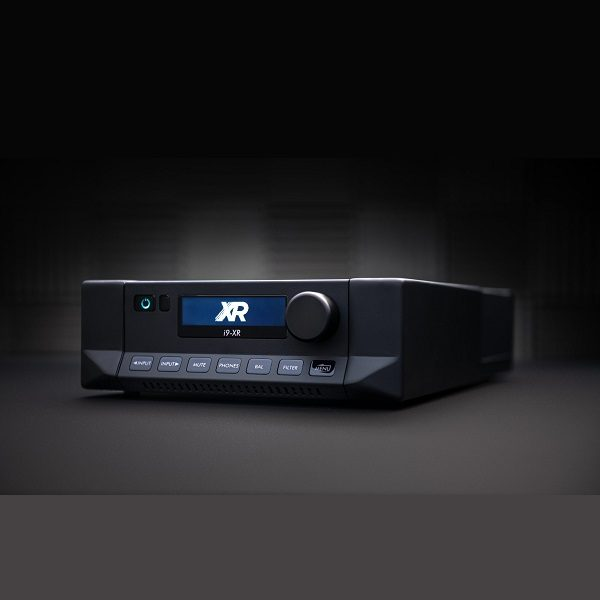 Cyrus I9-XR Intergrated Stereo Amplifier